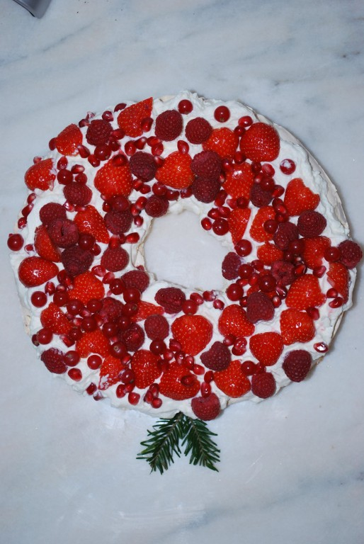 Christmas pavlova foodie family