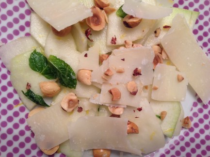 salata gulie mar alune foodie family