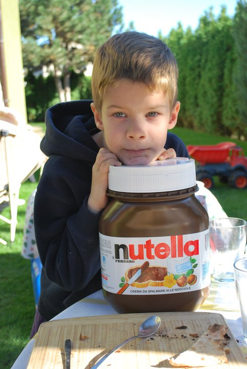 nutella big jar